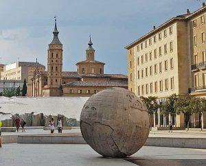 Punto de encuentro de la Visita guiada a Zaragoza - Bola del Mundo