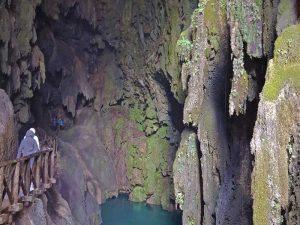 Cueva del Monasterio de Piedra